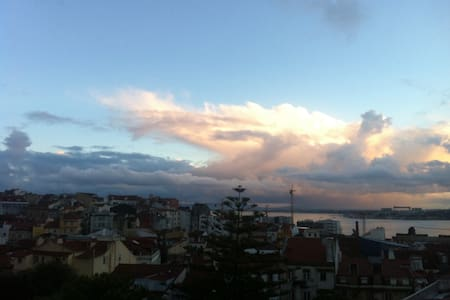 Apt with the Tagus River view