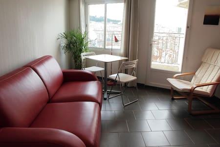 Studio Marseille 6ème