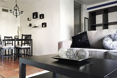 Stylish Apt by the Canals [SPECIAL] - Apartmen