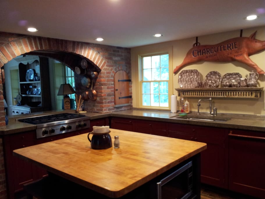 Kitchen with Viking/Wolf appliances