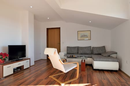 Cosy 3* apartment near Pula - Loborika