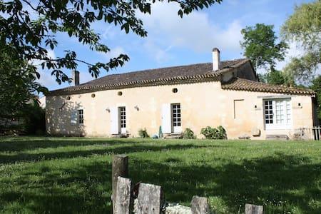Maison Seignouret à Castelneau - SAINT LEON - Haus