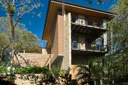 4 bedrooms, close to national park