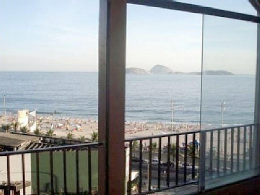 3BD/2BA On Ipanema Beach With Pool