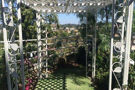 Healing garden retreat w/view+chef! - Los Angeles