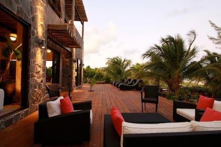 Casa Maya Kaan - Boca Paila - Villa