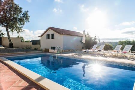 Sra. Da Graça House - avec piscine - Rumah