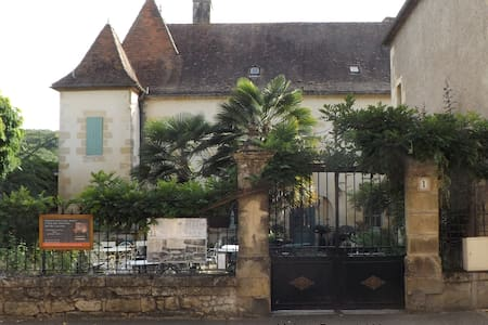 Maison Porte del Marty - Bed & Breakfast