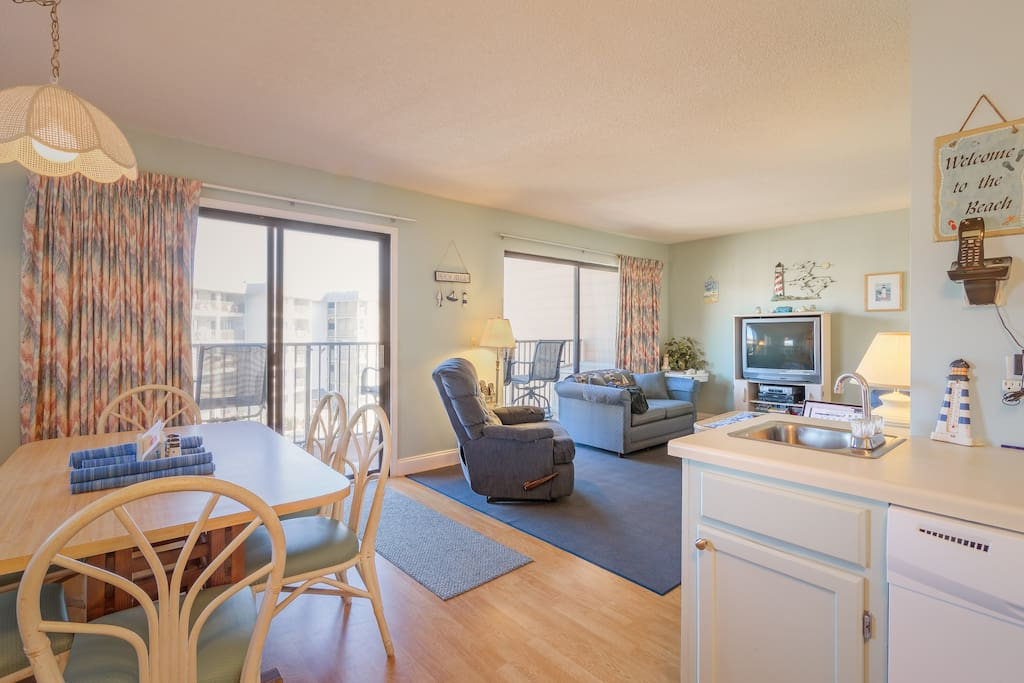 Prime oceanview condo with balcony.