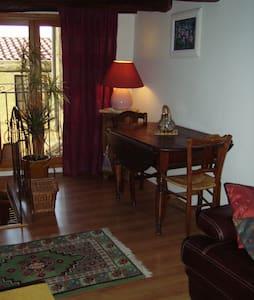 Nice arrière pays maison de village 3 pièces - Berre-les-Alpes - Appartement