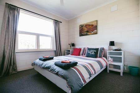 Secure apartment in trendy Unley - Unley