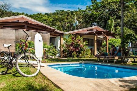 Maoritsio Garden Studios - Villa  - Huvila