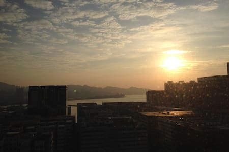 Sea view modern and clean studio - Hung Hom - Apartment