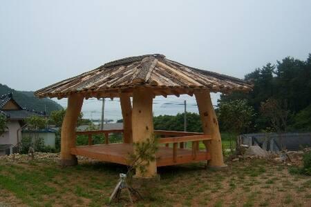 Cabin w/loft in Jindo seaside - Cabanya