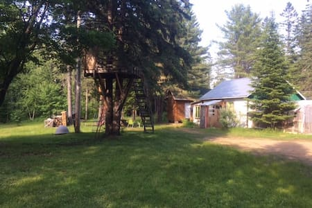 Chalet at St-Joseph Lake, 40 min. from Old Quebec - Fossambault-sur-le-Lac - Bungalo