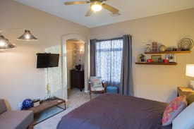 Private Summerlin Guest House