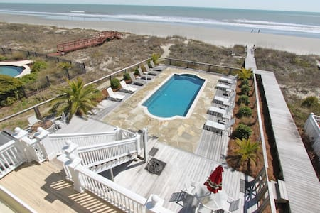 Casa Grande Oceanfront Mansion - Айл оф Палмс - Дом