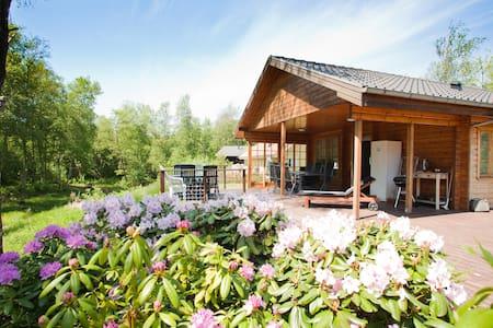 Nice Cottage at Skjern Aa - Rumah atas pokok