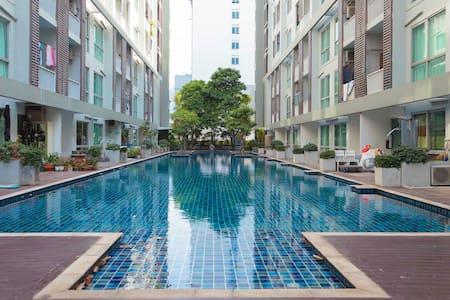 Pool & Garden Dindang , central R9 - ดินแดง