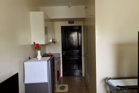 Studio Type Condominium - Silang - Wohnung