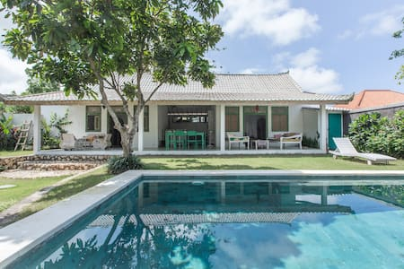 Chill Beach Village villa easy walk  Bingin beach - South Kuta - Villa