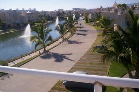 Gated Community PH at the Beach  - Apartemen