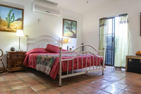 Casa Península, Habitación Lexy - La Paz - Bed & Breakfast