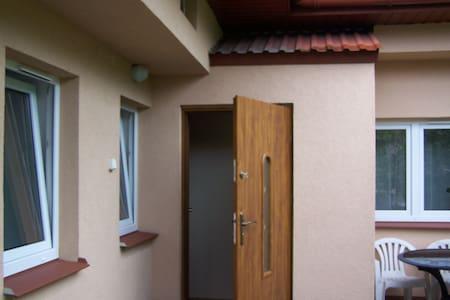 MIESZKANIE 3 POKOJE KUCHNIA ŁAZIENK - Wohnung