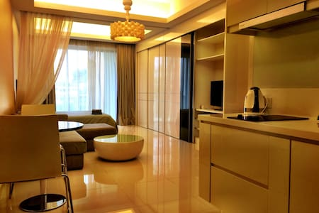 Exclusive Designer Fully Furnish Studio. Easy access to City Centre. 10 mins to KLCC. National Palace and KLCC Twintower View. Luxury Clubhouse Facilities. Prime Location and Convenient. 2 Mins walk to Shopping Centre and Lots of F&B outlets. Check out my other listings too