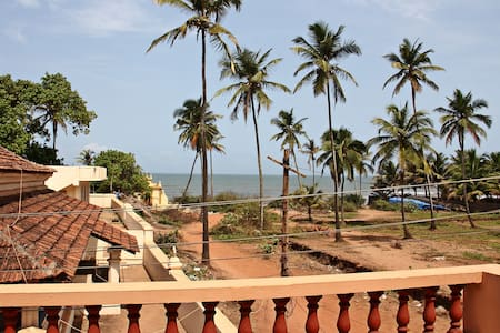 Romantic Sea-View Villa Anjuna Goa