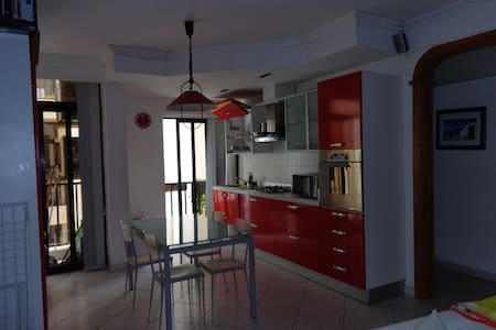 Modern double room in Gzira + wifi - Byt