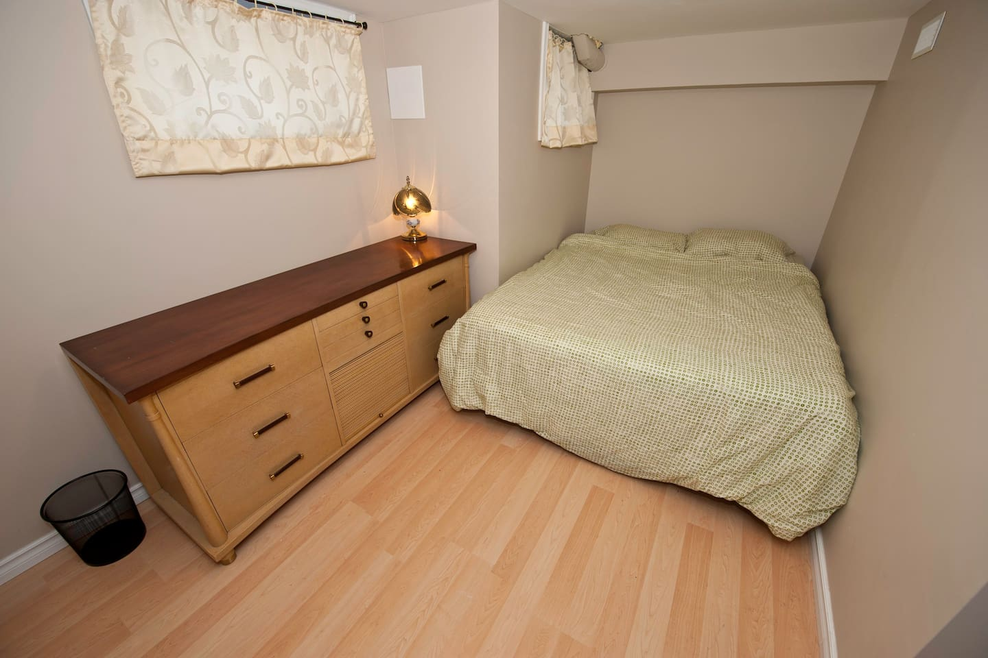 Large & comfortable bedroom!