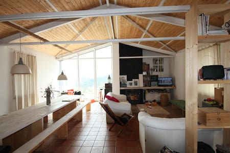 Vizzini Scalo - camera matrimoniale - Casa