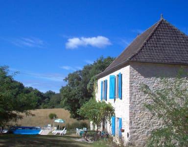 Cambajou. Huis met privé zwembad - Casa