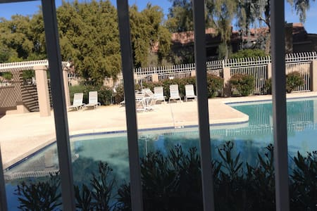 Super Bowl Special, great location! - Phoenix - House