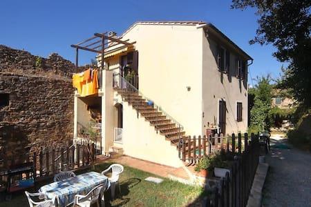 Natura e storia - House