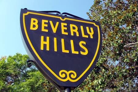 Beverly Hills Prv Rm in 2 Bdrm