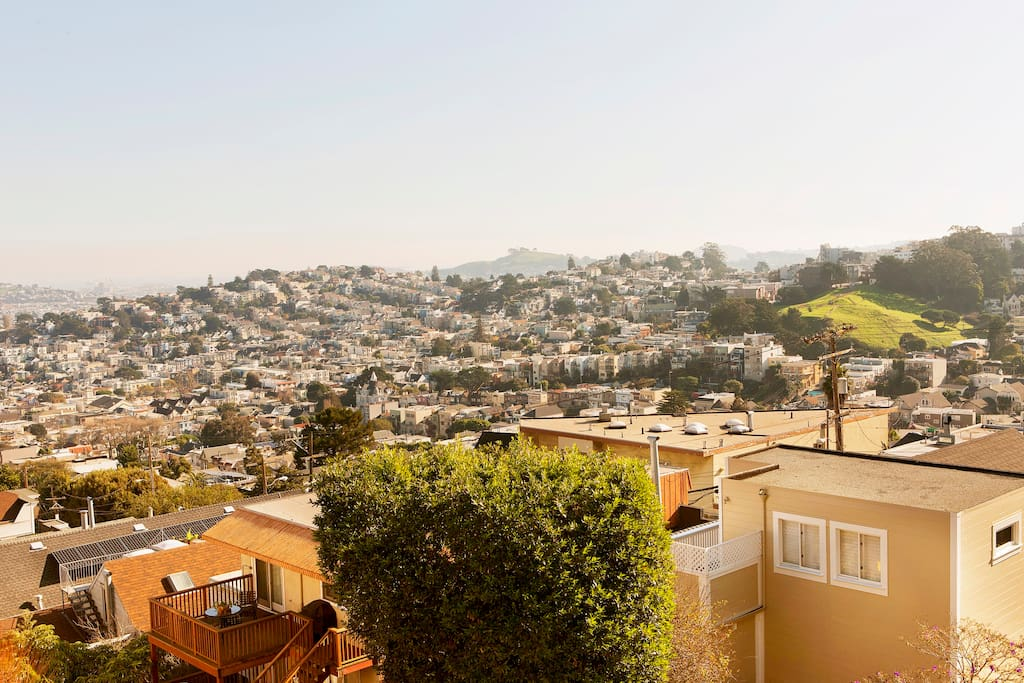 """""""An absolutely beautiful spot, with a magical view overlooking San Fran. Great hosts. Highly recommended."""" Former guest Katie. Look for her review!"""