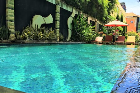 NEW.50% off Luxury Boutique Hotel Seminyak Legian - Kuta - Bed & Breakfast
