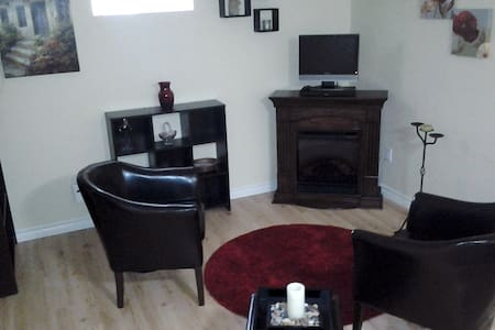 Private Studio Apartment in Canal View Cottage - Peterborough - Wohnung