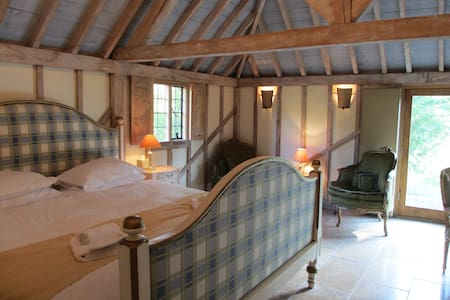 The Oak Barn, Self Catering 5*star gold - Benenden - Huis