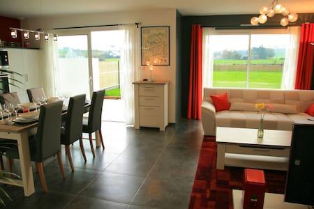maison  en bord de mer, 85 m2 - Goulven