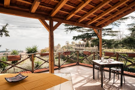 Villa immersa nel verde dellEtna - Piedimonte Etneo - Villa