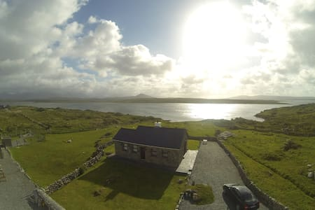 Cill Cottage, Inishnee, Roundstone, - Haus