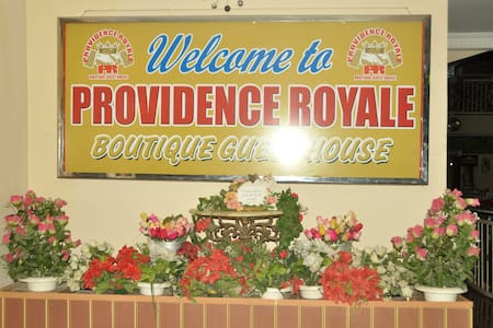 Providence Royale - A Boutique Guest House - Accra