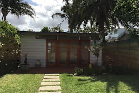 Cabana retreat newly renovated - Bed & Breakfast
