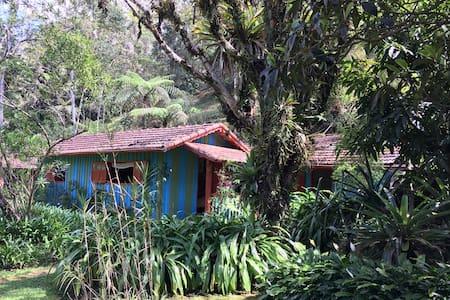 Bangalô na Serra - House
