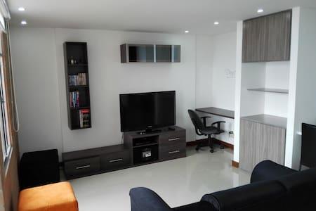 Apartamento Las Palmas El Poblado - Medellín - Appartamento