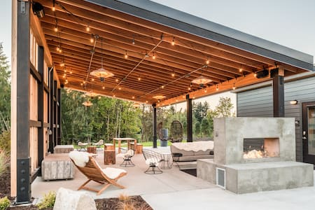 Lodges on Vashon Courtyard Suite 10 - 小平房