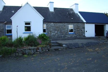 Holiday Cottage, Doonbeg, Co. Clare
